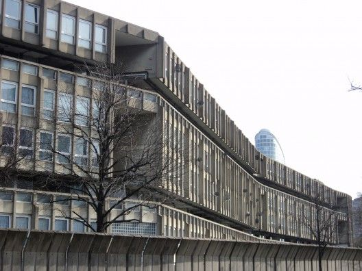 AD Classics: Robin Hood Gardens / Alison and Peter Smithson | ArchDaily