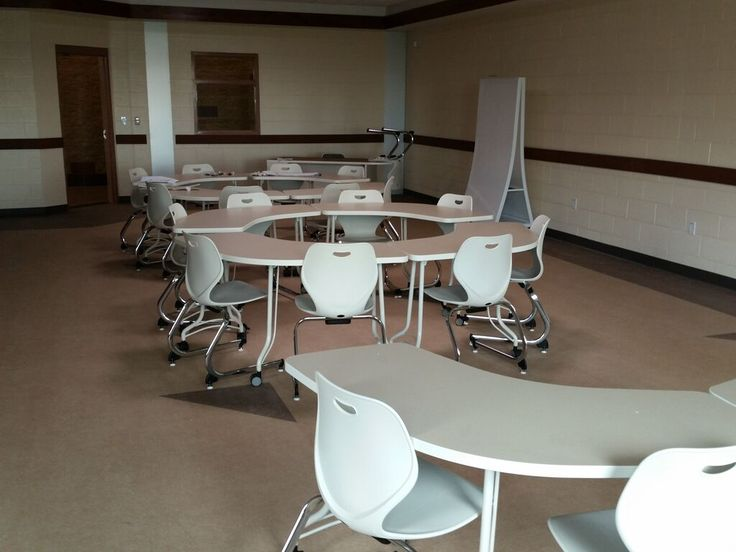 KI Enlite Tables Intellect Wave Chairs And Connection Zone Screens In The Classrooms At DOL Job Corps