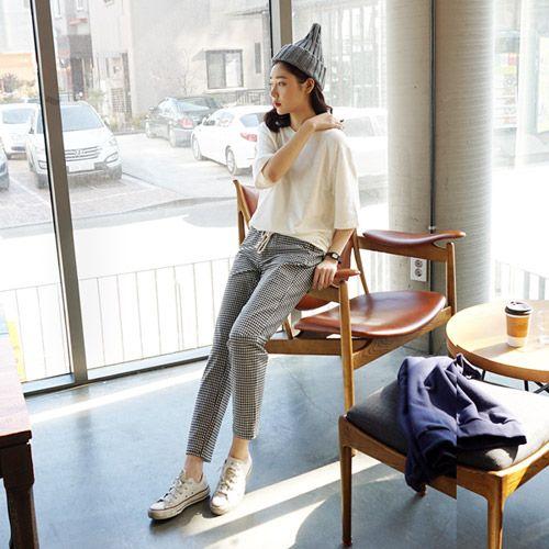 Womens Clothing Store [VANILLAMINT] Large rack Pants / Size : S,M,L / Price : 42.36 USD #dailyllook #dailyfashion #fashionitem #ootd #bottom #pants #vanillamint http://en.vanillamint.net/