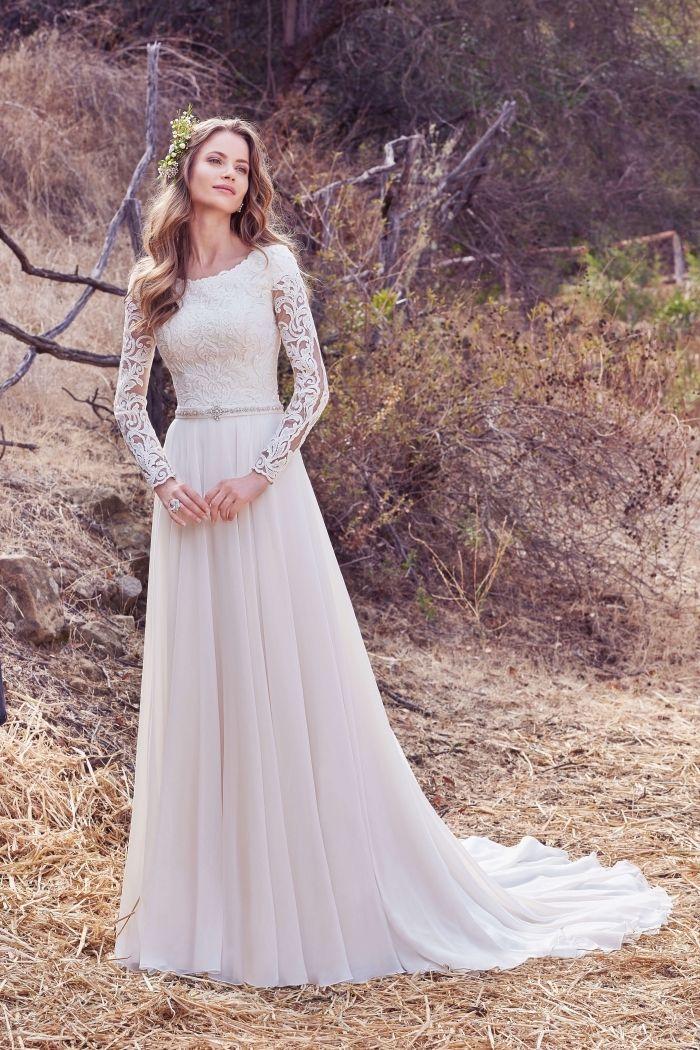 13++ Coiffure avec une robe longue le dernier