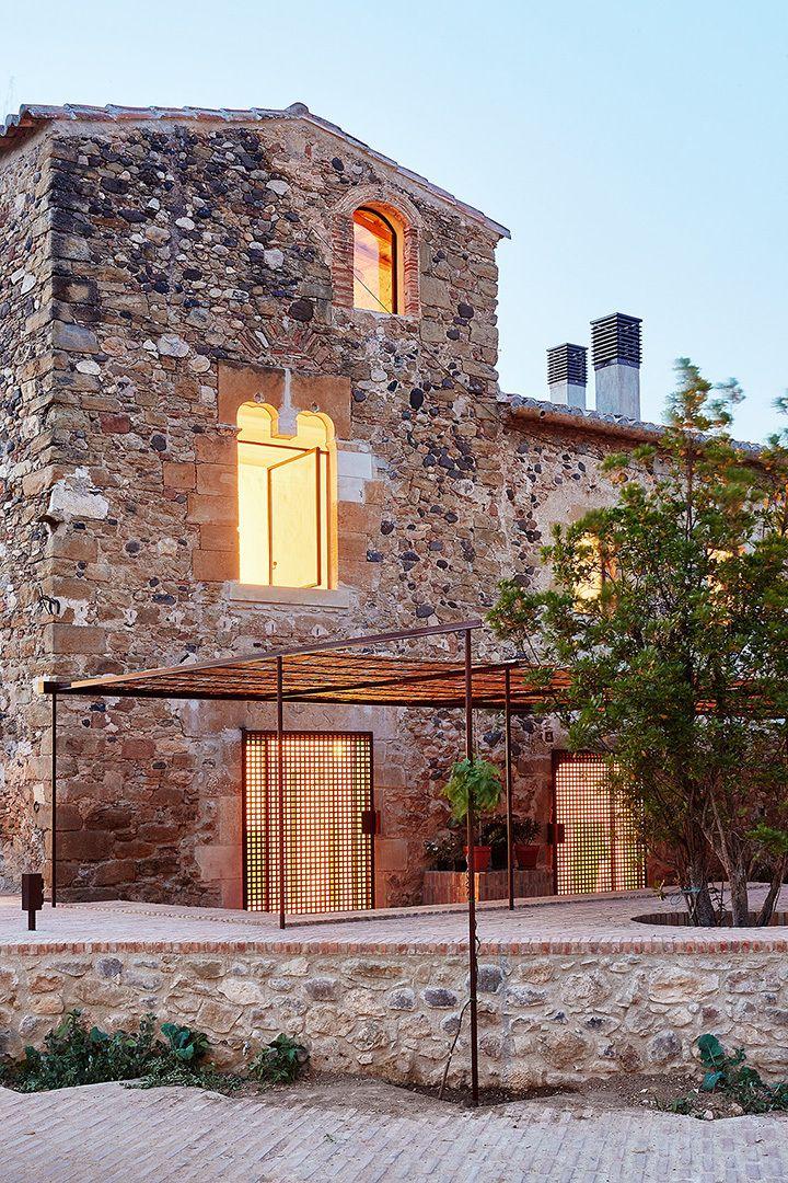 Rehabilitación de una Masía en el Empordà, Girona   ARQUITECTURA-G