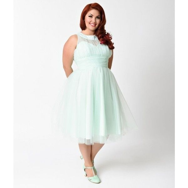 Unique Vintage Plus Size 1950s Mint Halter Roosevelt Swing Dress ($74) ❤ liked on Polyvore featuring dresses, vintage cocktail dresses, plus size retro dresses, plus size white dress, plus size swing dress and white halter top