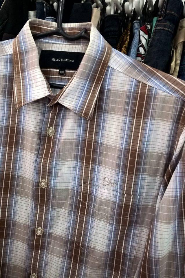 Ellus xadrez Camisa masculina Tam:M  Moda de Lari Brechó Londrina Rua Goiás 607 centro de Londrina Brechozeiros e Brechozeiras / Achados / Garimpo / Precinho / Calçados / Usados / Seminovos / Clássicos