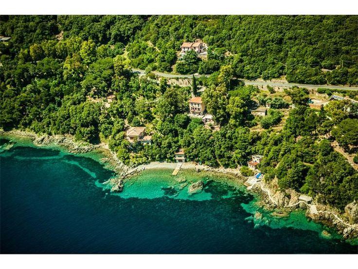 Splendida proprietà con spiaggia privata   Milan Sotheby
