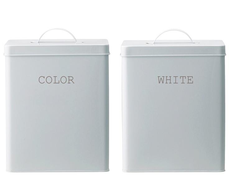 design: bloomingville  motiv: color, white  farge: hvit   materiale: emalje  mål: 19cmx17xh23cm