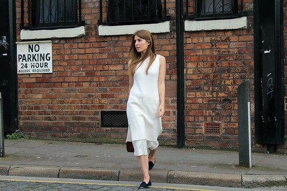 Get this look: http://lb.nu/look/8342392  More looks by Angharad Jones: http://lb.nu/user/1555461-Angharad-J  Items in this look:  Theory Dress, Marks & Spencer Culottes, Carvela Shoes, Zara Bag   #simple #minimalist #summerfashion #layers #allwhite
