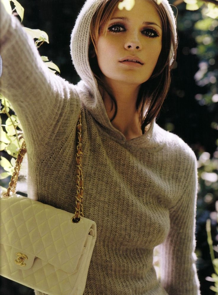 Fashion Flashback: Mischa Barton Models Chanel