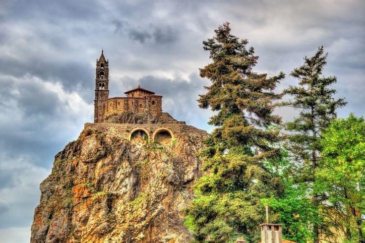 A la découverte du patrimoine religieux auvergnat : 15idées de séjours en Auvergne et dans le Puy de Dôme - Linternaute