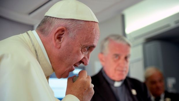 Pope Francis says it's 'not right' to link Islam to violence