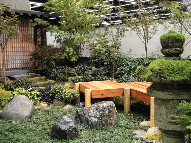 17 best images about japanese garden on pinterest for Japanese garden trellis designs