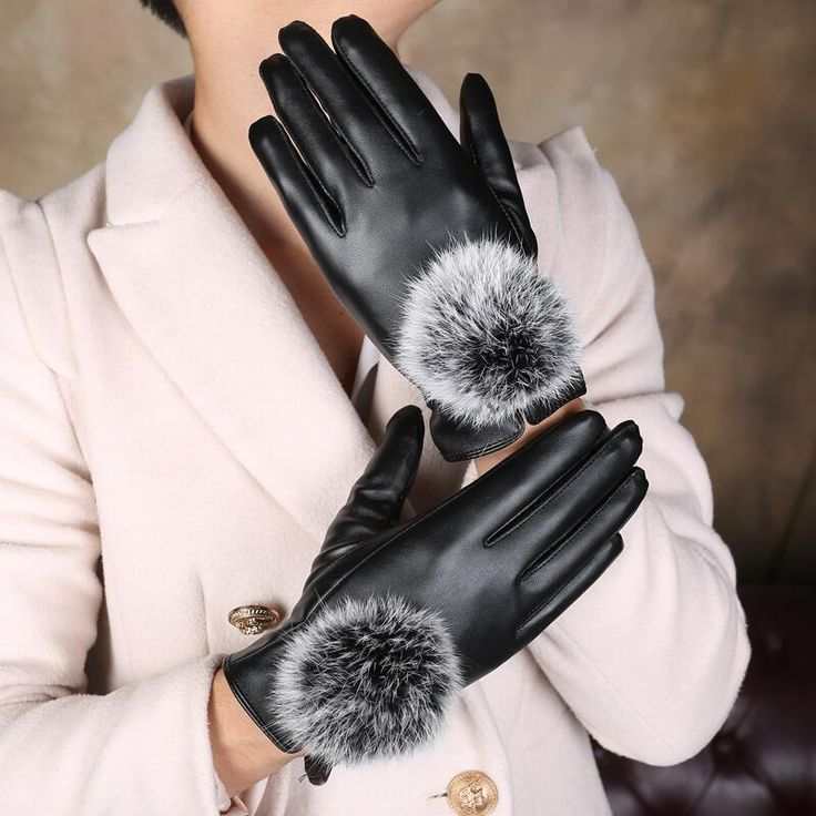 New high quality leather gloves screen with female winter cashmere rabbit hair ball thickened warm cold windproof gloves