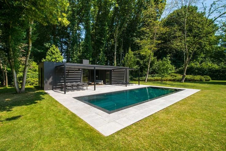 Realisatie van Eddy Van de Kerkhof - Zwembad bekleed met Chinese graniet | Zwembadenplus