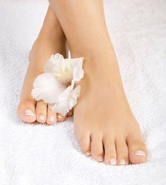 Ampoules : bain de pieds au bicarbonate - Remède de grand-mère