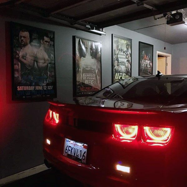 Garage Journal Lights: Best 25+ Painted Garage Walls Ideas On Pinterest