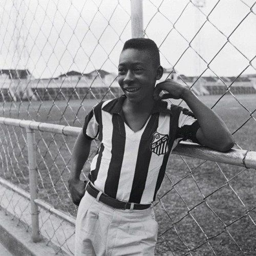 "Old Pics Archive on Twitter: ""Pelé, 1956. https://t.co/XB8ApYcTDD https://t.co/v0bxFDZAnY"""