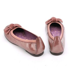 Zapato niña Hispanitas tipo manoletina charol rosa con lazo