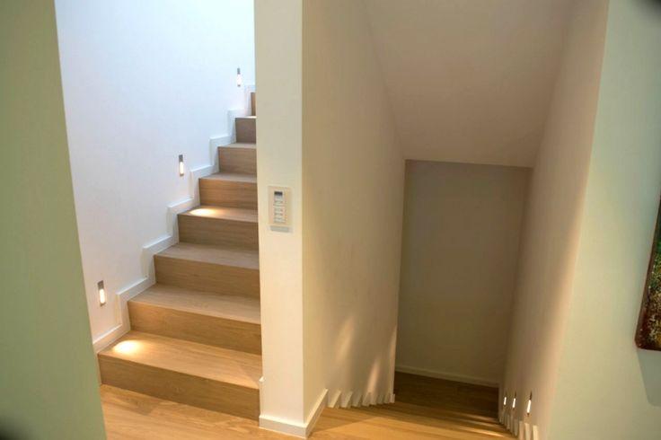 treppenhaus einfamilienhaus msglocal nach innen wandgestaltung treppenhaus einfamilienhaus. Black Bedroom Furniture Sets. Home Design Ideas