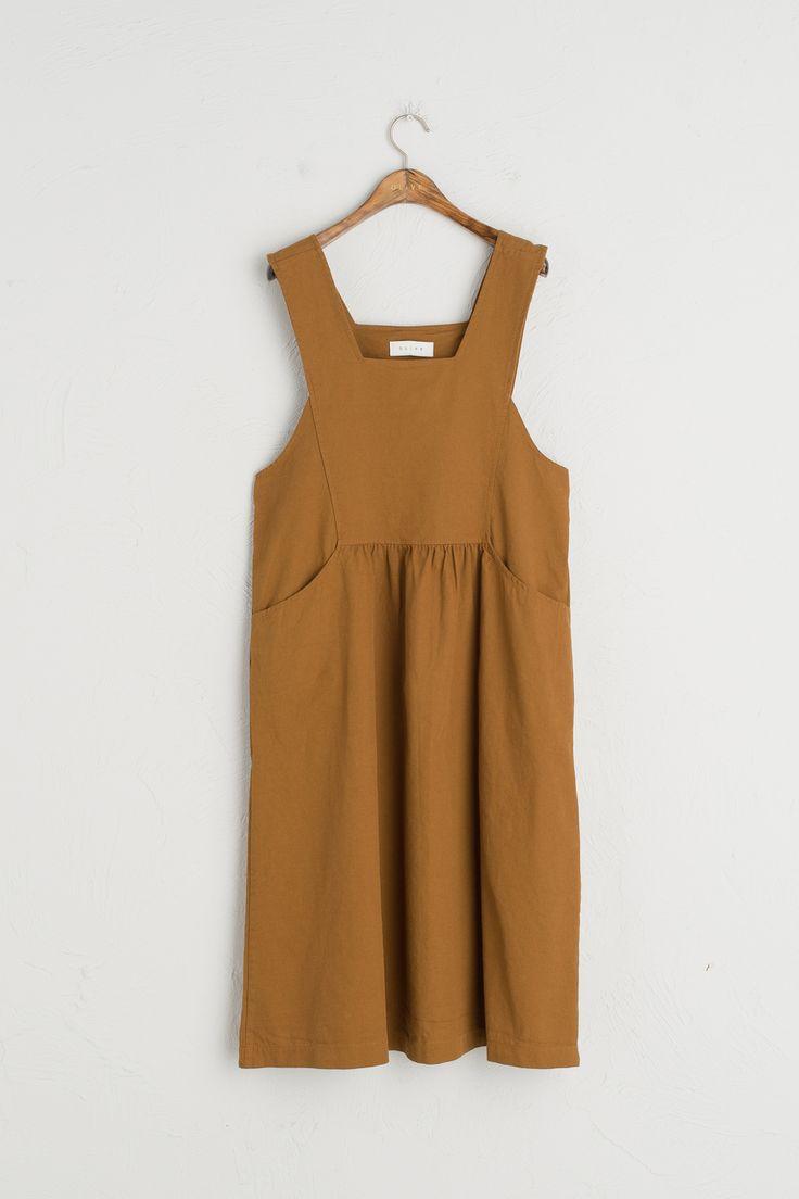 Cotton Pocket Point Apron dress, Beige