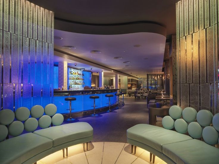 The fancy bar in unforgettable London. / restaurant design, rooftop bar, bars in london / #modernchairs #inspiration #modern / More: http://www.designcontract.eu/hospitality/london-night-glamorous-bars/