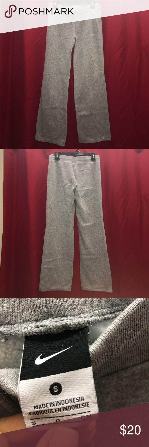 Women's Nike boot cut sweatpants Gray sweatpants , comfy , worn under 5x Nike Pants Boot Cut & Flare