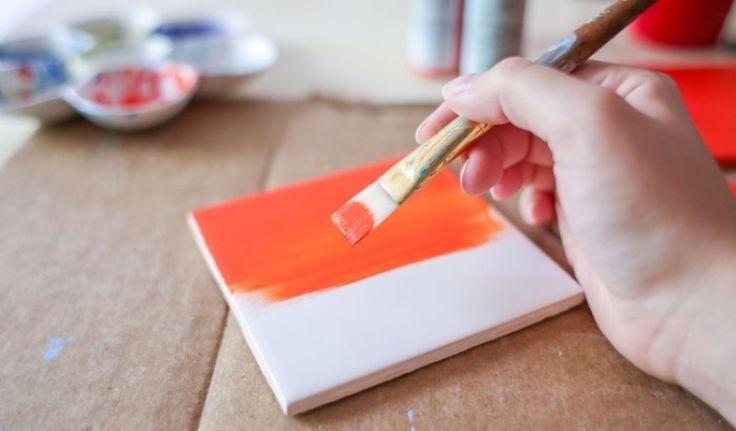 Ha már nem tetszik a csempéd színe – Olcsó, praktikus, házi megoldások!