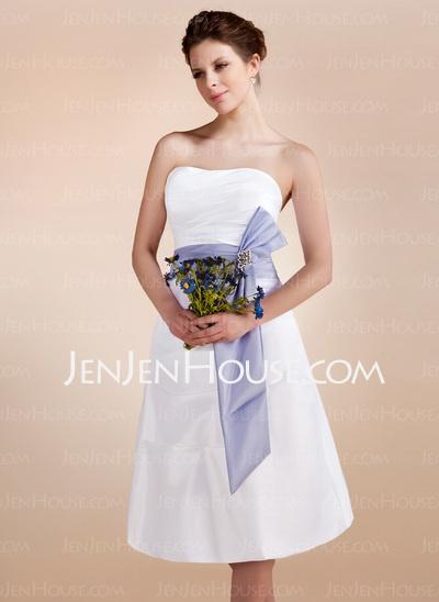 Wedding Dresses - $111.99 - A-Line/Princess Sweetheart Knee-Length Taffeta Wedding Dresses With Ruffle Sashes Crystal Brooch (002001583) http://jenjenhouse.com/A-Line-Princess-Sweetheart-Knee-Length-Taffeta-Wedding-Dresses-With-Ruffle-Sashes-Crystal-Brooch-002001583-g1583