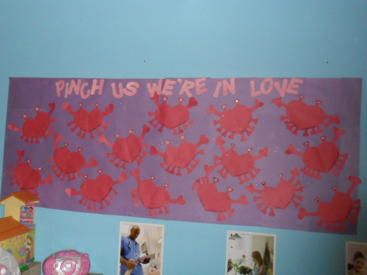 17 best images about bulletin boards by me on pinterest for Heart shaped bulletin board