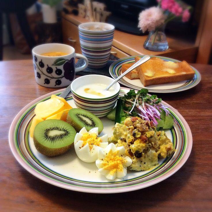 キラ姫's dish photo かぼちゃのデリ風サラダでワンプレート 2016 9 25 | http://snapdish.co #SnapDish #サラダ #トースト #クリームスープ #味付き卵 #ヨーグルト
