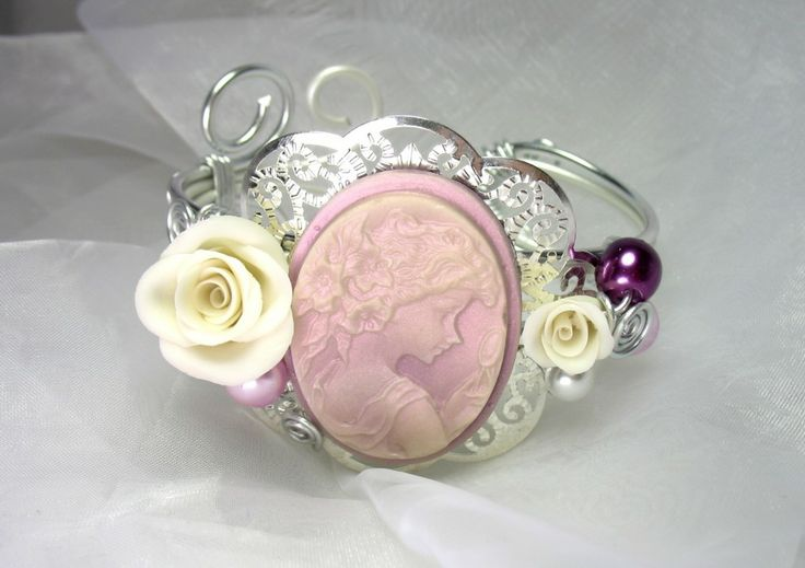 bracelet-bracelet-fil-d-aluminium-la-belle-5509747-lessecretsdalenpres-79ddb_big