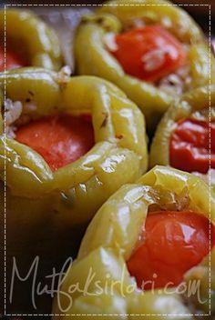 Zeytinyağlı Biber Dolması - Tarifin püf noktaları, binlerce yemek tarifi ve daha fazlası...