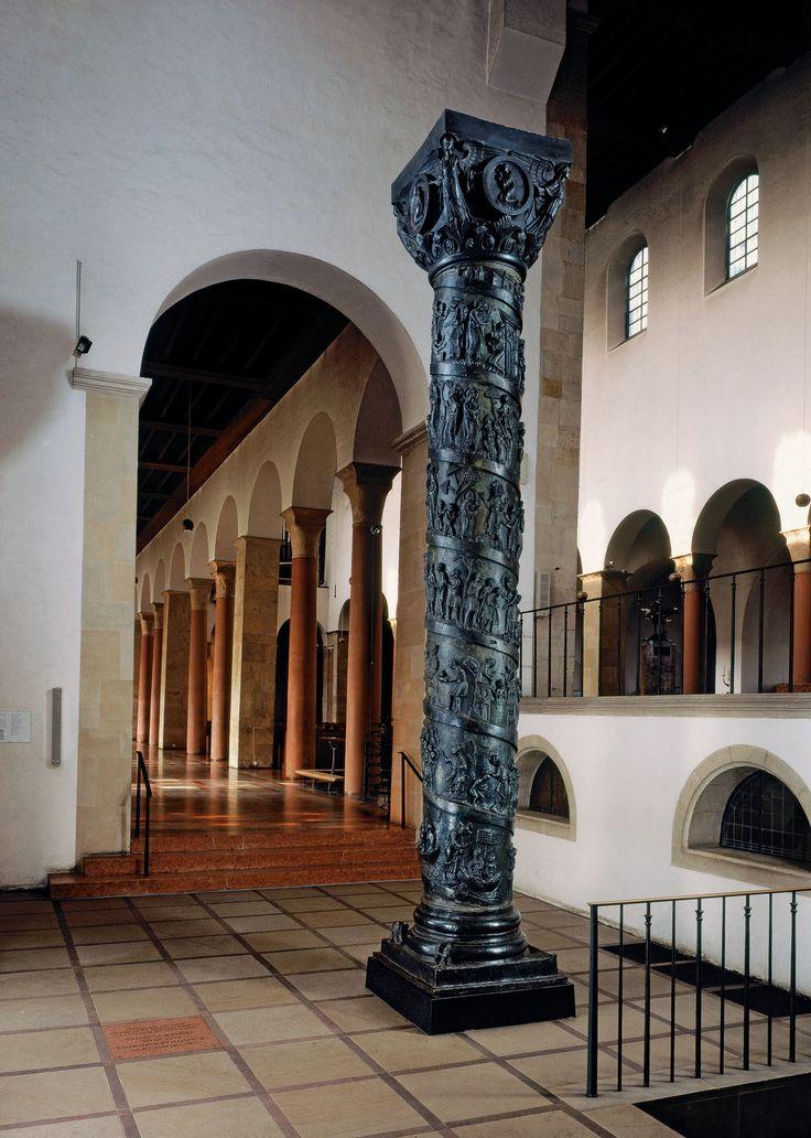 column of bishop bernward bronze ca 1011 22 in church. Black Bedroom Furniture Sets. Home Design Ideas