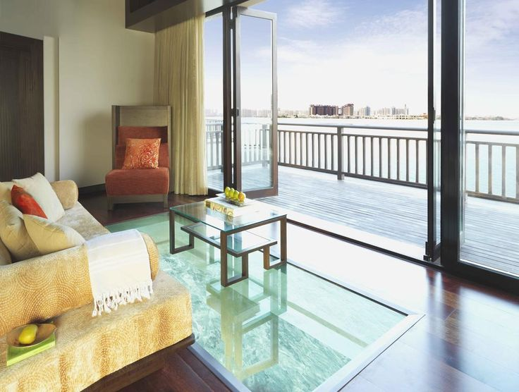 Located on Dubai's iconic Palm Jumeirah Island, Anantara The Palm Dubai Resort features an exclusive sandy beach.