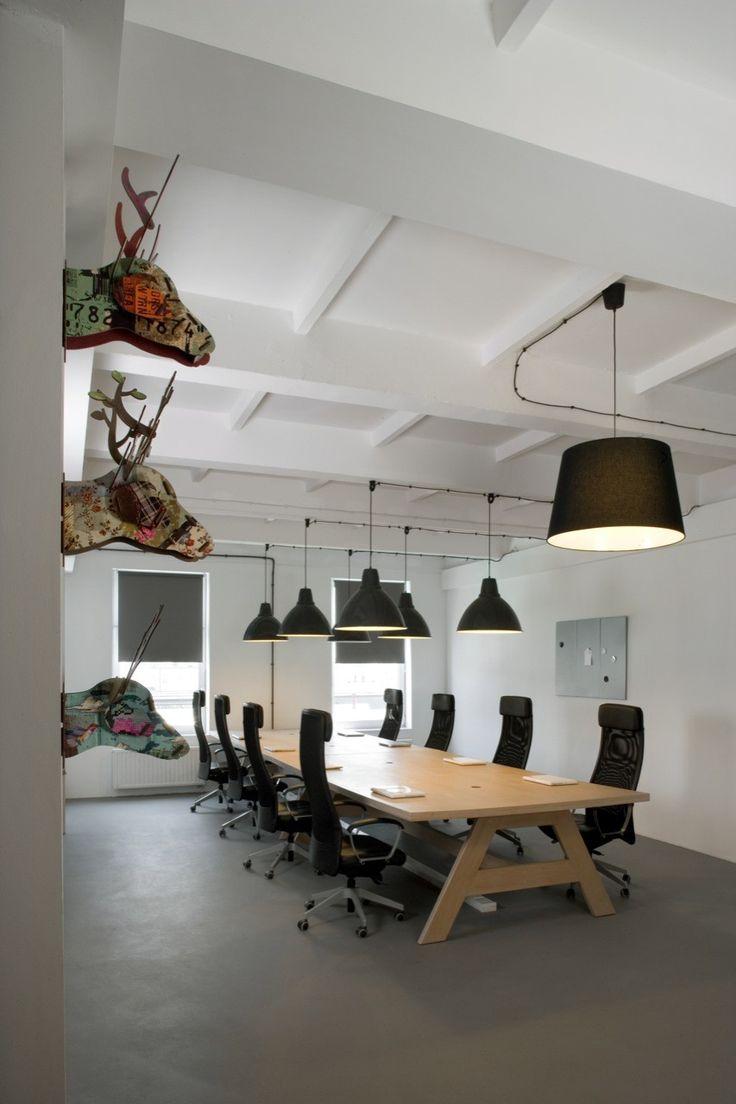 Pride And Glory Office,Courtesy of Morpho Studio