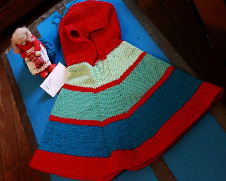 Poncho a righe con cappuccio rosso  in pura lana merinos