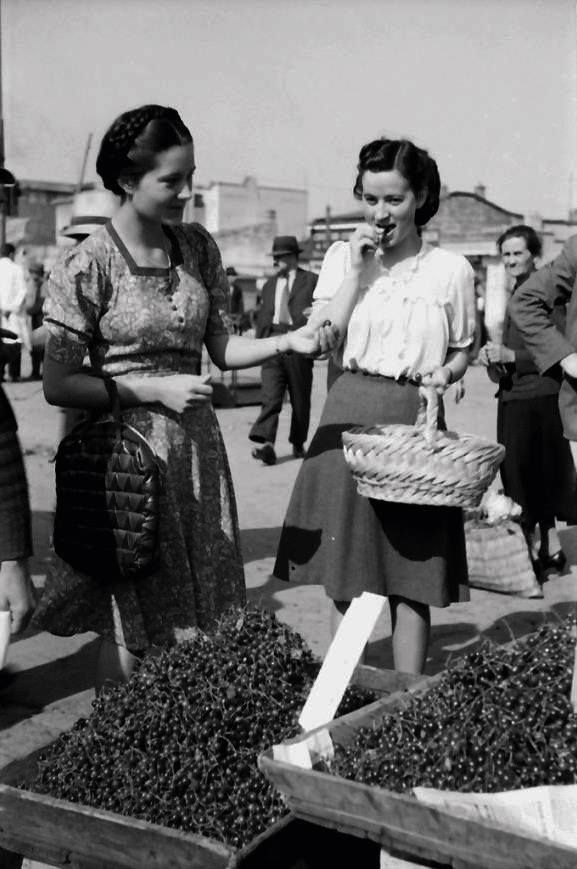 Cireșe, 1941 foto: Willy Pragher