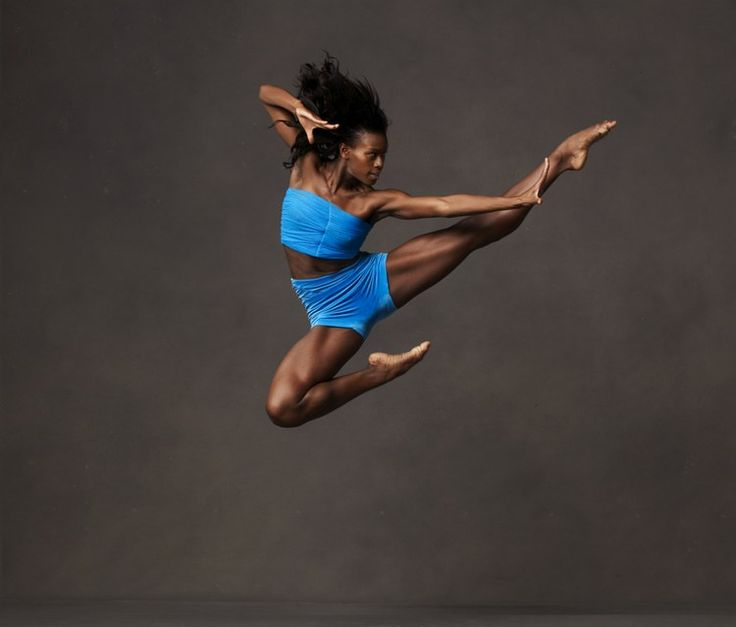 Impressive! Alvin Ailey American Dance Theater; Photo by Andrew Eccles