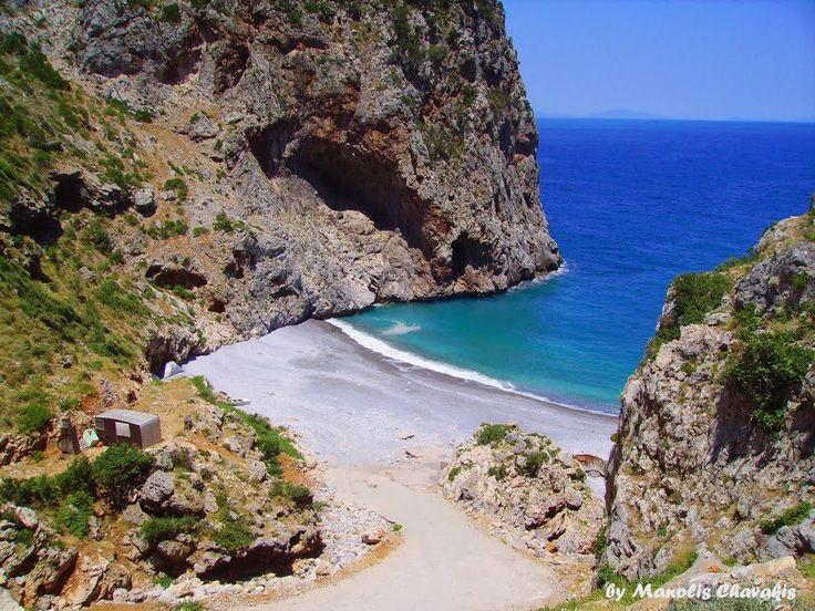 Vythouri beach – FoxHouse
