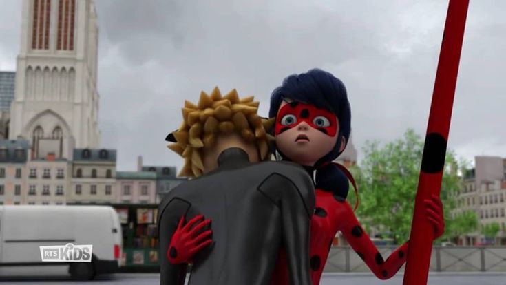 So If You Pay Attention Carefully You Will See In This Episode Chat Noir Tried Not To Figh Miraculous Ladybug Fan Art Miraculous Ladybug Cat Noir And Ladybug