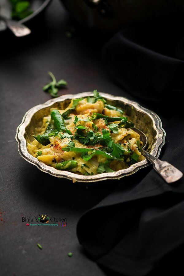 Vaghareli Rotli or Masala Roti in Yogurt, a healthy breakfast. Vaghareli Rotli is simple, quick, easy to make. Vaghareli Rotli is made from leftover rotis.