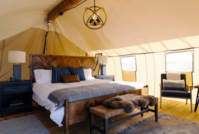 Governors Island Luxury Camping Retreat In Nyc Collective Retreats Luxury Tents Glamping Site Glamping
