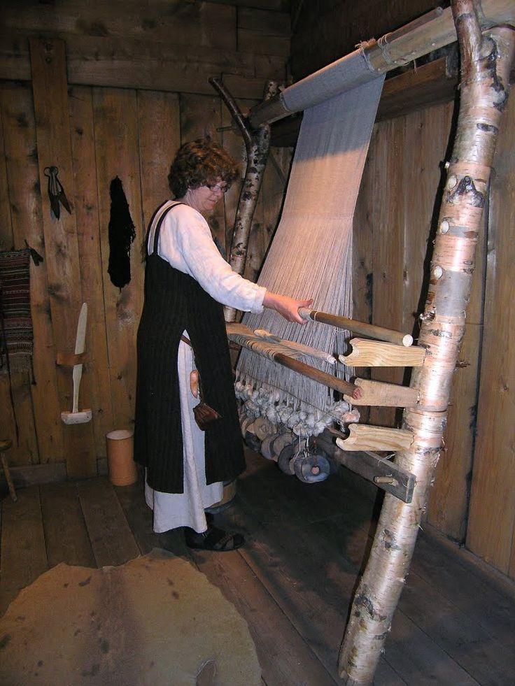 demonstrating ww loom at Lofotr VIking Museum