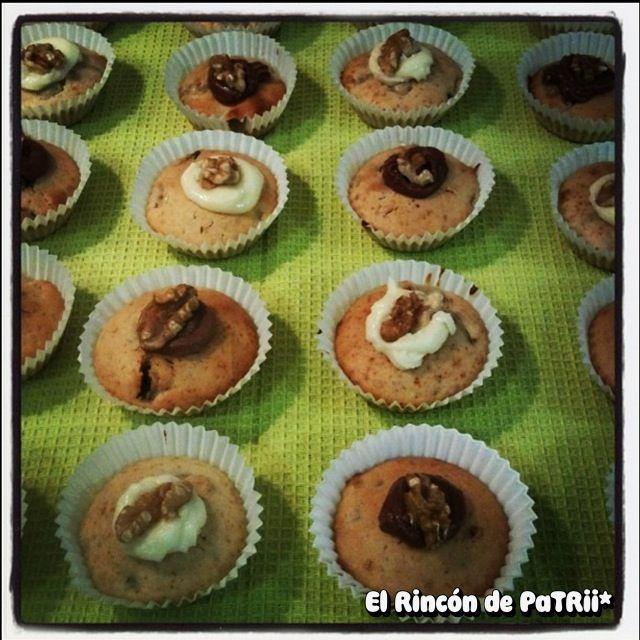 Cupcakes de pera, pasas y nueces