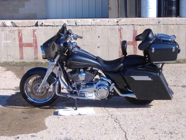 Baggers | :: Dennis's Street Glide | Bad Dad | Custom Bagger Parts for Your Bagger