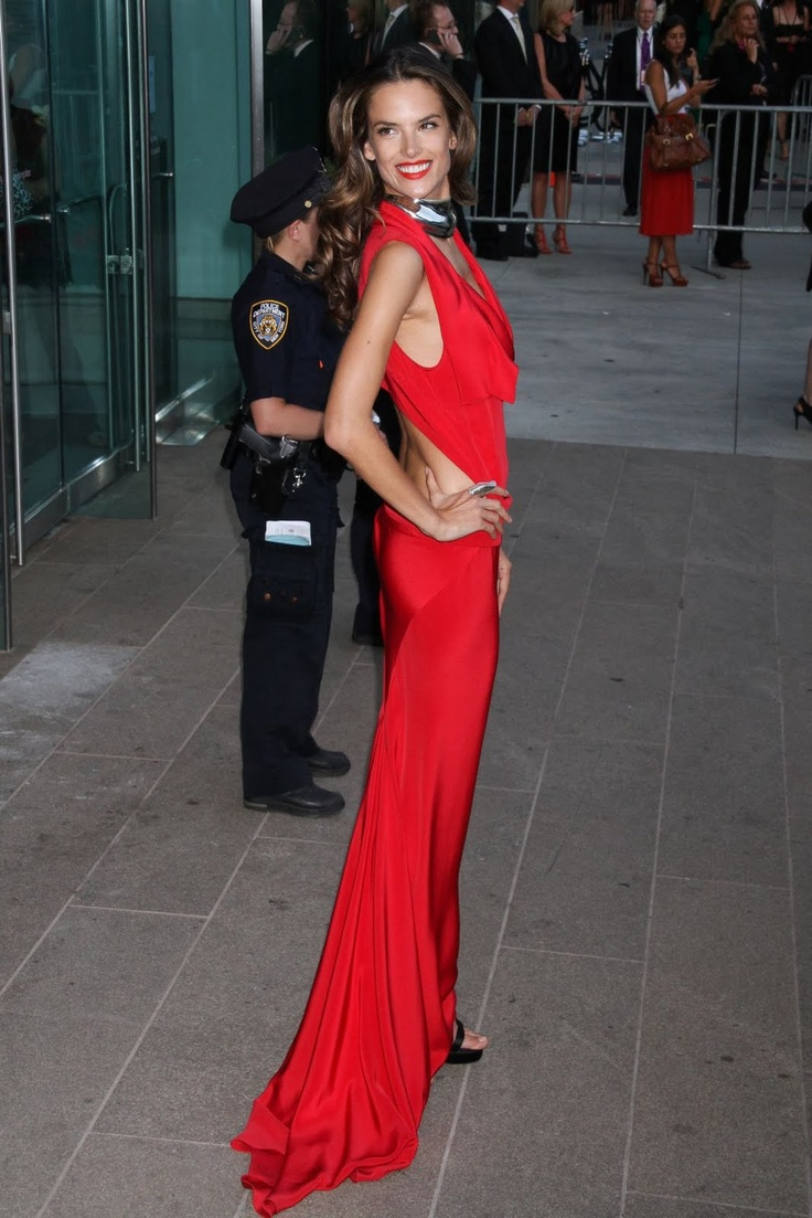 Alessandra Ambrosio at the 2011 CFDA Fashion Awards.  She is gorgeous and I love that dress!