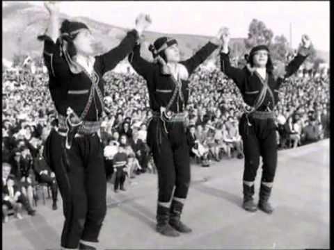 Πυρρίχιος, Σέρα χορός - 1965 στα Σούρμενα, Αττικής