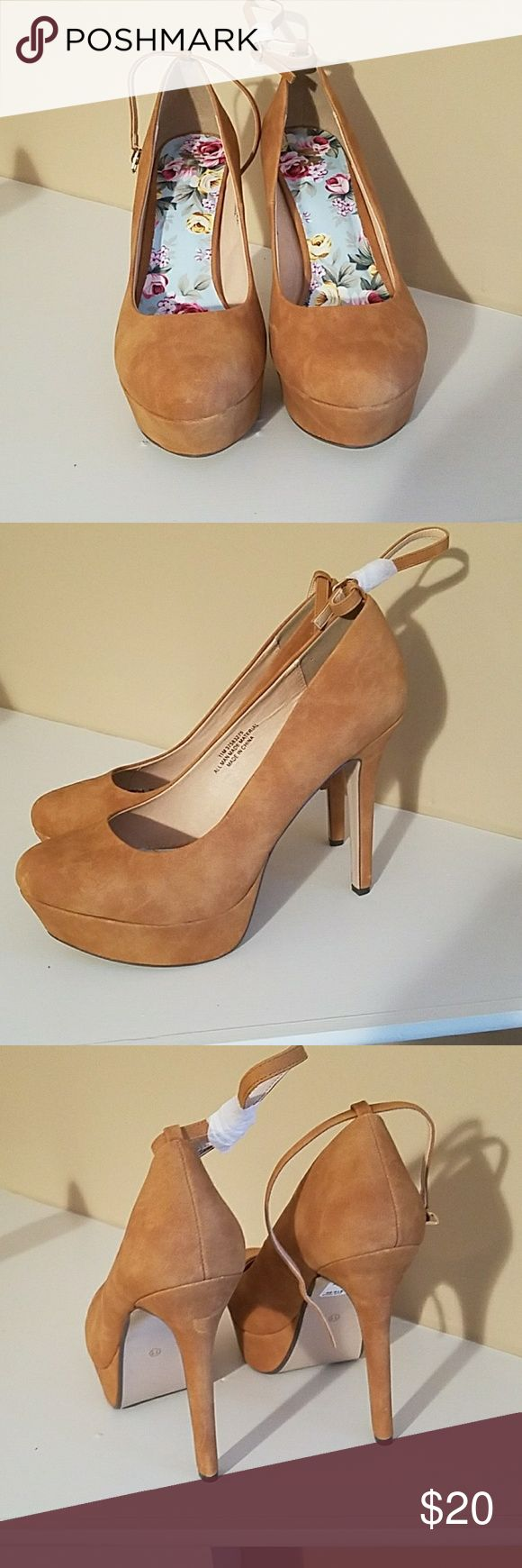Women's High Heels Tan High Heels with ankle straps. Very Sexy Shoe!!! It's Fashion Metro Shoes Heels
