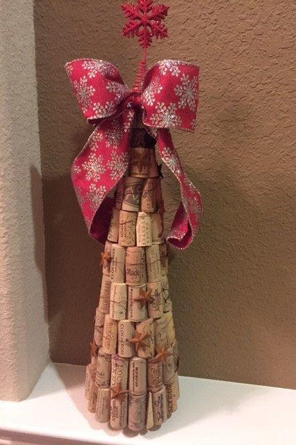 Bouchons en liège recouvert de peuplements d'arbres environ 22 pouces de hauteur. Un cadeau parfait pour une maitresse de maison de vacances ou les amateurs de vin.