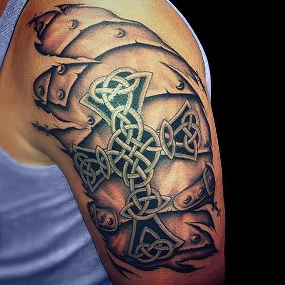 Les 25 meilleures id es de la cat gorie tatouage croix celtique sur pinterest tatouages de - Tatouage croix main ...