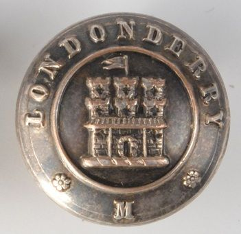 Londonderry Militia officer's tunic button with castle surrounded by the word Londonderry, by Jennen's & Co, London