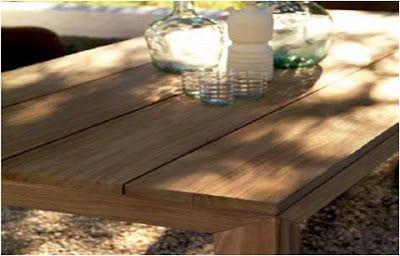El blog de Los Peñotes: agosto 2013 #Mesa de #teca de la firma Expormim que a pesar de ser de una madera tradicional, tiene unas líneas muy actuales y que sirven para cualquier ambiente.